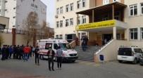 NECİP FAZIL KISAKÜREK - Öğrenci Kavgasında 1 Yaralı