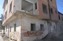 UYUŞTURUCU BAĞIMLILARI - Silvan'da Uyuşturucu Müptelaları Metruk Binaları Mesken Tuttu