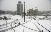 KÜRESEL ISINMA - Tam 1 Yıl Önce İstanbul Bembeyazdı