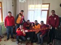 TÜRK TELEKOM - Ultraslan, Gomis Hayranı Mert Ali'yi Galatasaray Maçına Götürecek