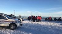 KURTARMA HELİKOPTERİ - Uludağ'da Mahsur Kalanlar Kurtarıldı