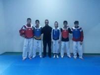 Yalovalı Taekwondocular Gözünü Madalyaya Dikti