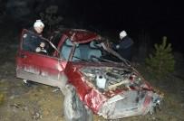 KADER - Yoldan Çıkan Otomobil Şarampole Yuvarlandı Açıklaması 2 Yaralı