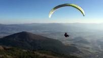 Abant'ta Yamaç Paraşütü Keyfi