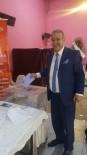 GÜVEN OYU - Alaşehir Bakkallar Odası'nda Halil Günay Güven Tazeledi