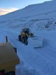 KARLA MÜCADELE - Ardahan'da Zor Şartlarda Karla Mücadele Çalışmaları