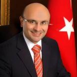 METİN ORAL - Başkan Oral'dan Gazetecilere Kutlama