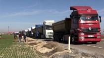 GÜMRÜK KAPISI - Çobanbey Sınır Kapısı'nda Yoğunluk