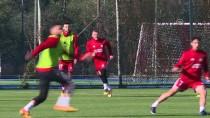 MARIO GOMEZ - 'Futbolu Sivasspor'da Bırakmak İstiyorum