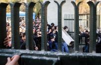 HÜKÜMET KARŞITI - İran'da 3 Bin 700 Gözaltı