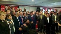 MAHALLİ İDARELER - İzmir'de Bin 200 Kişi MHP'ye Katıldı