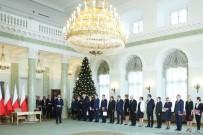KABİNE TOPLANTISI - Köklü Kabine Değişikliği Açıklaması 9 Bakan Değişti !