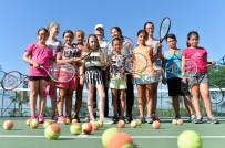 SALON FUTBOLU - Muratpaşa Spor Okullarında 2 Yeni Branş