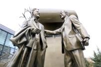 EDEBIYAT - Nazım Hikmet ve Zülfü Livaneli anıtı açılıyor