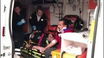 KıRıKKALESPOR - Polis Aracına Otomobil Çarptı Açıklaması 2 Yaralı