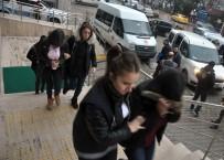 SAĞLIK SİGORTASI - Sahte 'Call Center' İle Binlerce Lira Dolandırdılar