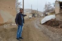 BAZ İSTASYONU - Şeref Mezrası Sakinleri Hizmet Bekliyor