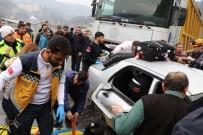 MADEN İŞÇİSİ - Tır Otomobili Biçti Açıklaması 1 Ölü, 2 Yaralı