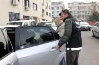 Yalova'da Sokak Satıcılarına Operasyon