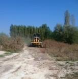 HÜSEYIN YıLDıZ - Çavdarhisarda Tarım Alanlarına Giden Yol Çalışmaları