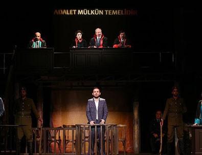 Devlet Tiyatroları'nda perde 'Reis Bey' ile açılıyor