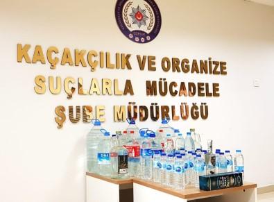 Kaçak İçkileri Yabancı Bandrolle Piyasa Süren Şahıs Yakalandı