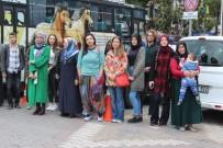 Karacabey Belediyesi'nden Öğrencilere Servis İmkânı