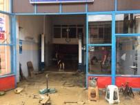 Kaynarca'daki Selde 104 İş Yeri, 38 Konut, 5 Kamu Binası Ve 56 Araç Hasar Gördü