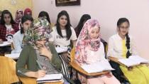 SADDAM HÜSEYİN - Kerkük'te Türkçe Eğitim Veren Okullara Yoğun İlgi