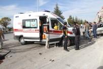 ARAZİ ARACI - Konya'da Zincirleme Kaza Açıklaması 2 Yaralı