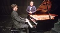 MIMAR SINAN GÜZEL SANATLAR ÜNIVERSITESI - Maltepeli Genç Piyanist Başarılarıyla Göz Kamaştırıyor