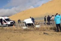 Otomobil Ve Ticari Araç Kafa Kafaya Çarpıştı Açıklaması 1 Ölü, 4 Yaralı