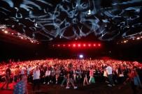 SOKAK SANATÇILARI - 'Sezen Sokakta' Uluslararası Antalya Film Festivali'nde Seyirci Rekoru Kırdı