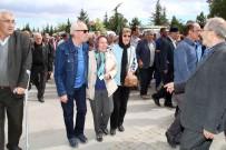 SİNEMA OYUNCUSU - Ünlü Oyuncu Mehmet Uslu, Memleketi Akşehir'de Defnedildi