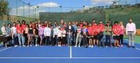TENİS TURNUVASI - Uşak Belediyesi Tenis Turnuvası Başladı