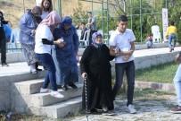 İSMAIL ÖZDEMIR - Yaşlılar, Çocuklarla Bir Araya Geldi