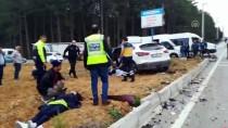 İLK MÜDAHALE - Bursa'da Otomobille Cip Çarpıştı Açıklaması 5 Yaralı