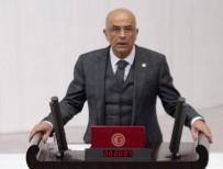 ENIS BERBEROĞLU - CHP'li Berberoğlu'na Yurt Dışına Çıkma Yasağı