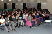 Erzincan'da Değişen Dünyada Gençler Ve Ruh Sağlığı Adlı Seminer Düzenlendi