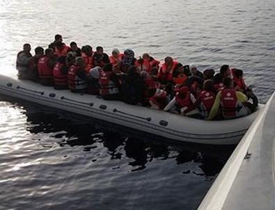 İzmir açıklarında kaçak teknesi battı: 4 ölü