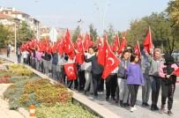 Öğrenciler İstiklal Yolu Parkı'nda Ders İşledi