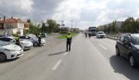 ŞERİT İHLALİ - Silivri'de Kurallara Uymayan Sürücülere Ceza Yağdı