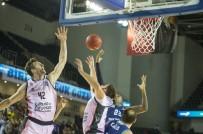 KAYA PEKER - Türk Telekom Basketbol Takımı, İspanya Ekibine Yenildi