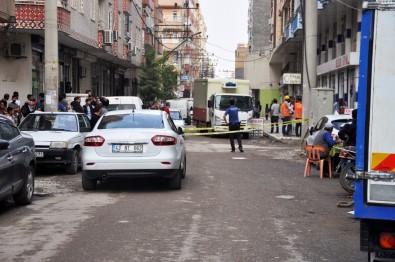 Araçla Geldikleri Manava Ateş Açtılar Açıklaması 2 Ölü, 2 Yaralı