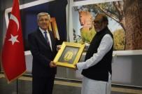 ÇANAKKALE VALİLİĞİ - Bangladeş Kurtuluş Savaşı İşleri Bakanı Mozammel Huq'dan Çanakkale Valiliği'ne Ziyaret