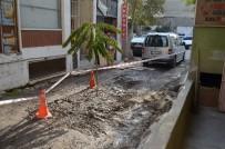 Belediye Çalışanları Kazı Yaparken Roket Motoru Parçası Buldu