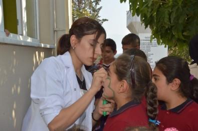 Dünya Kız Çocukları Gününde Renkli Görüntüler