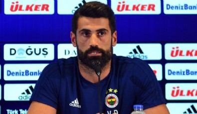 Fenerbahçeli Volkan Demirel'den Kadro Dışı Açıklaması