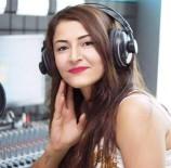 OTOPSİ SONUCU - Genç Şarkıcı Evinde Ölü Bulundu