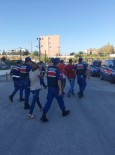 USULSÜZLÜK - Mersin'de Çeşitli Suçlardan Aranan 136 Kişi Yakalandı